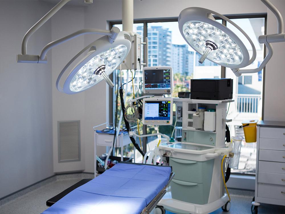 Клиника челюстно-лицевой хирургии (операционная)